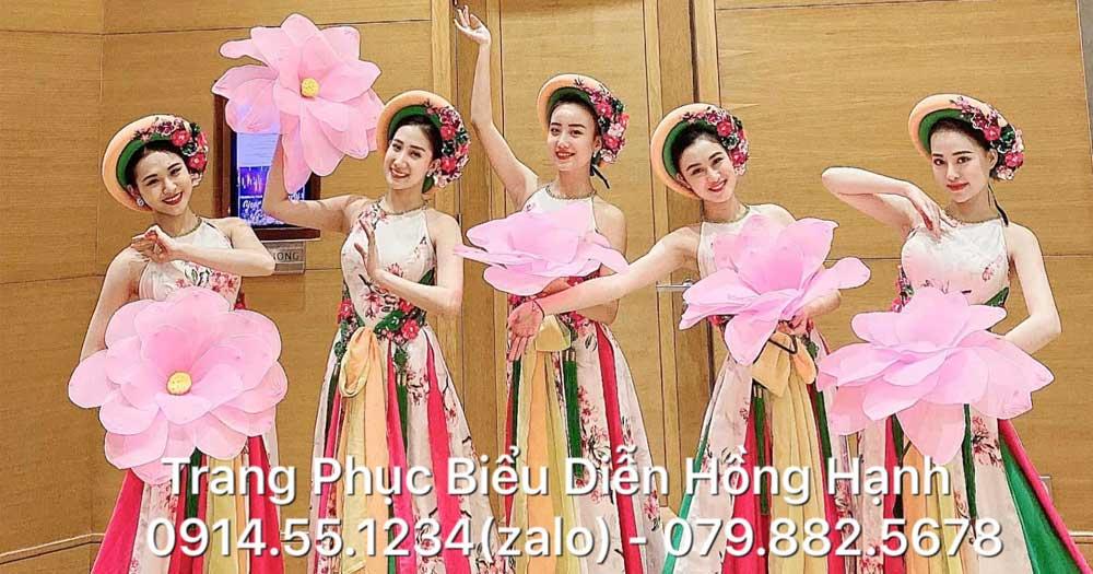 Hồng Hạnh- Dịch vụ cho thuê trang phục biểu diễn