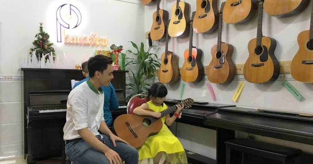 Phanxico- Trung tâm đào tạo dạy đàn guitar, piano